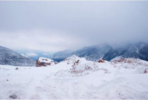 彩云之南的雪